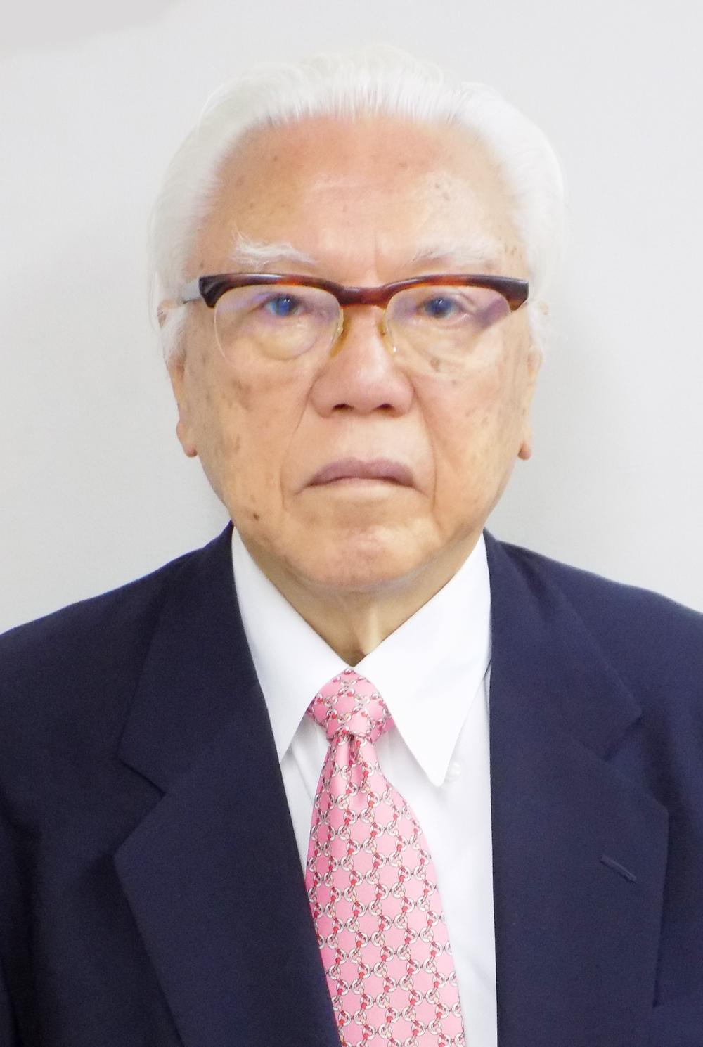 歯科医師/理事長 玉置 敏夫